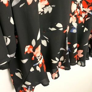 Chaus Tops - Chaus New York Floral Peplum Blouse Size L
